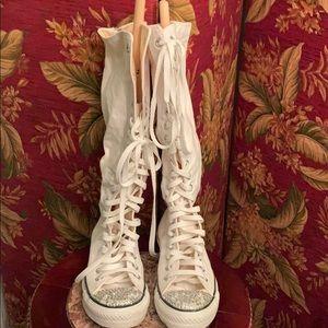 Vintage high top converse sneakers